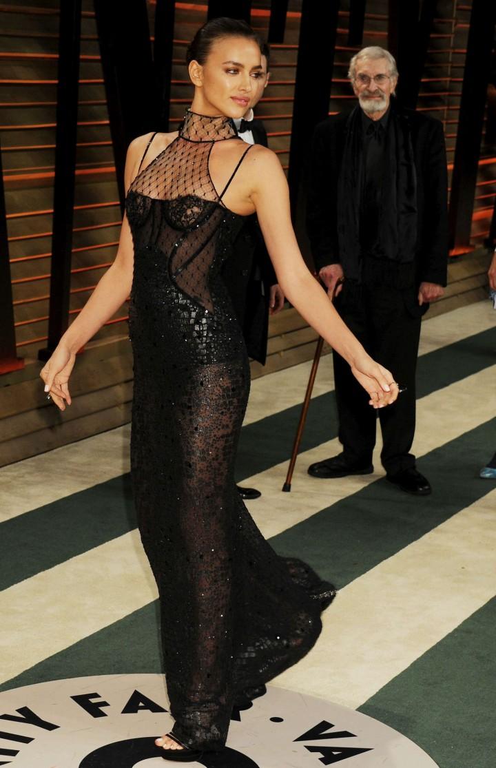 Irina-Shayk:-Oscar-2014---Vanity-Fair-Pa