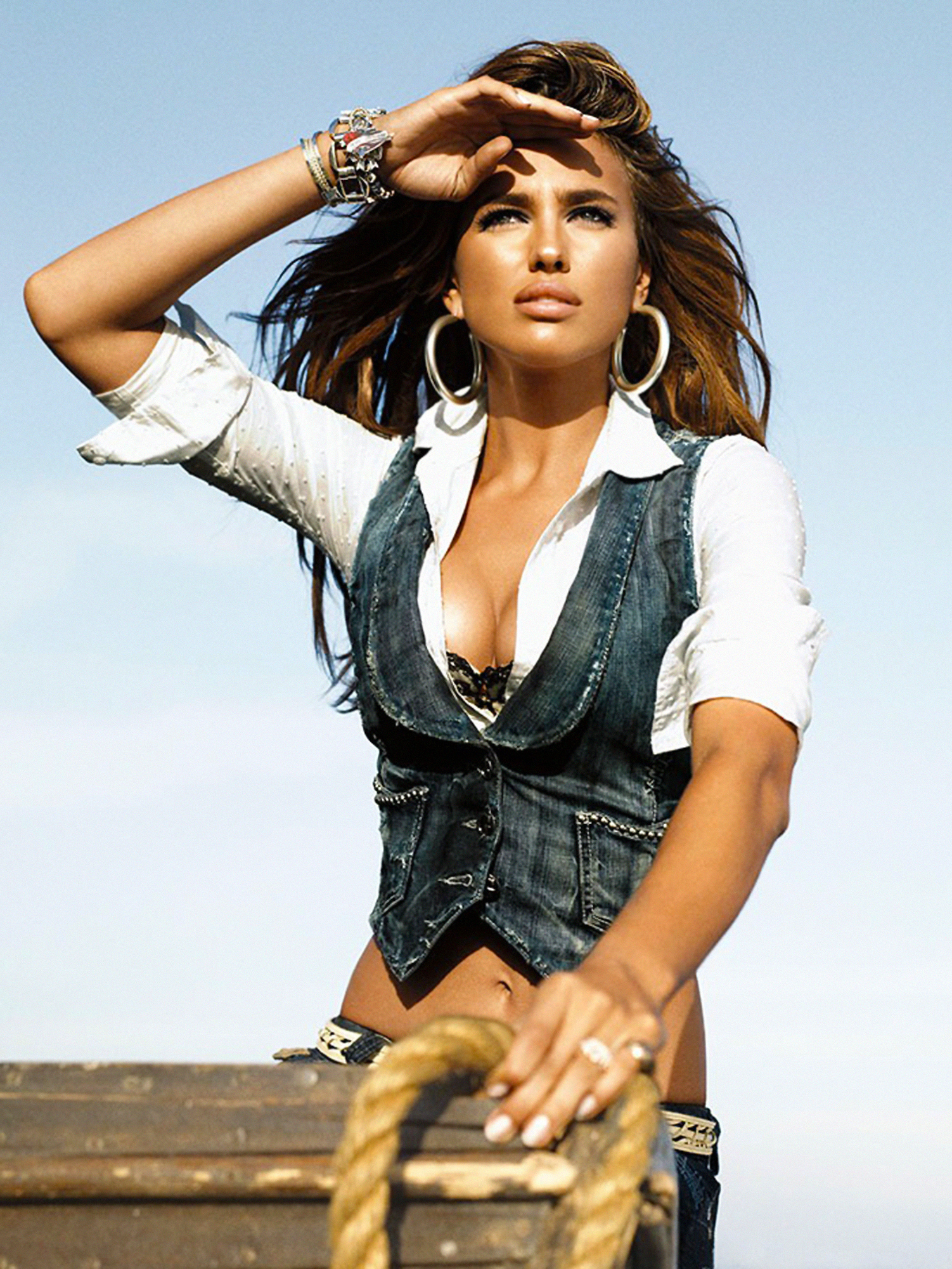 Irina Shayk Guess Jeans Irina Shayk Hot For Guess