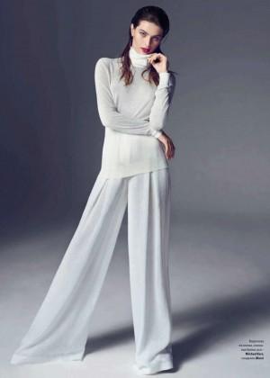 Isabeli Fontana: Vogue Ukraine -06
