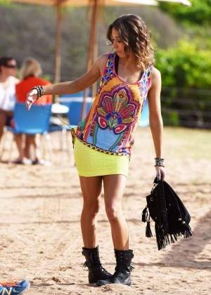 "Isabella Giovinazzo - Filming ""Home & Away"" at Palm Beach in Australia"