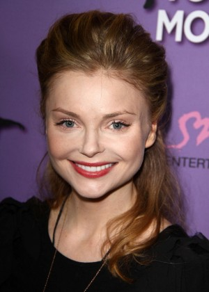 Izabella Miko: Make your Move Premiere -01