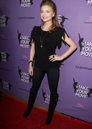 Izabella Miko: Make your Move Premiere -04