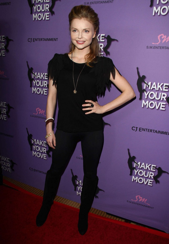 Izabella Miko: Make your Move Premiere -06