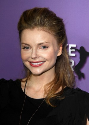 Izabella Miko: Make your Move Premiere -07