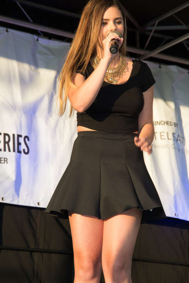 Jacquie Lee - Performing at Tysons Corner Plaza