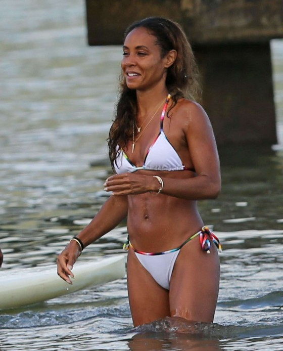 Jada Pinkett Smith bikini in Hawaii 2013