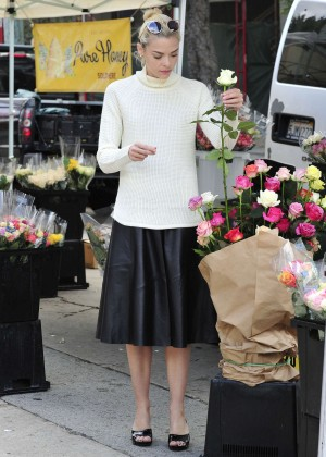 Jaime King at the Farmer's Market in Beverly Hills