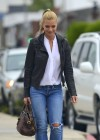 Jaime Pressly at Kings Road Cafe-08