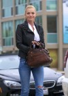 Jaime Pressly at Kings Road Cafe-13