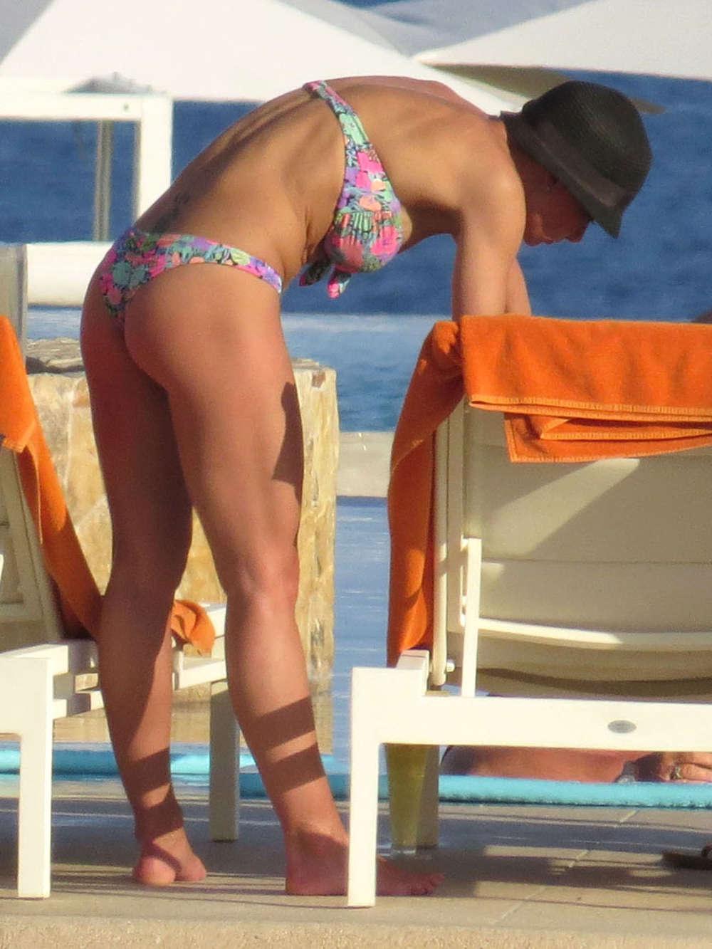 Fran dresher sexy booty - 2 10