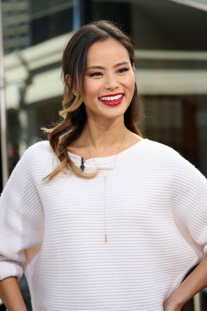 Jamie Chung in Mini Skirt on the set of Extra in Universal City