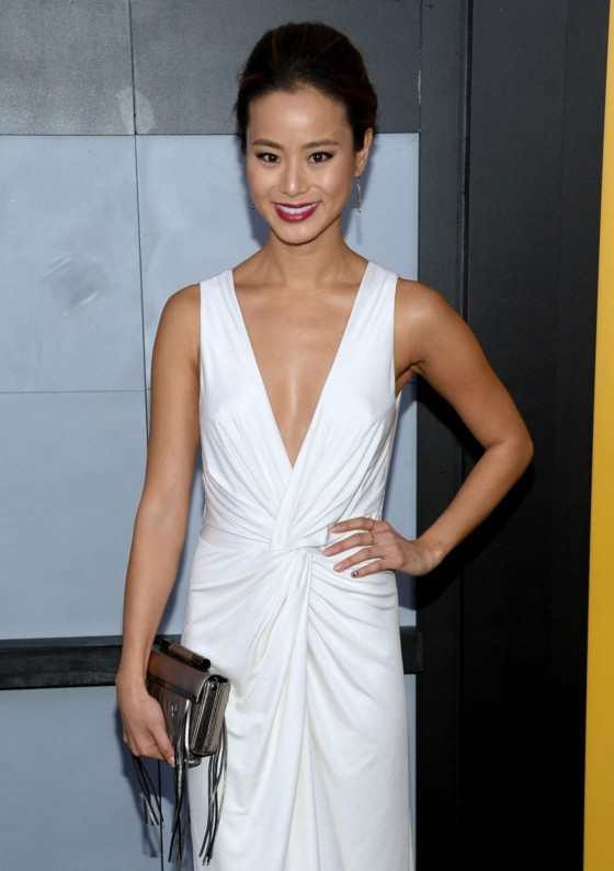 Jamie Chung: The Wolf Of Wall Street premiere -02