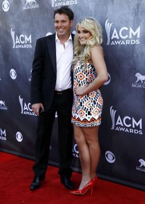Jamie Lynn Spears: 2014 Academy of Country Music Awards -03