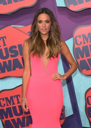 Jana Kramer: 2014 CMT Music Awards -03