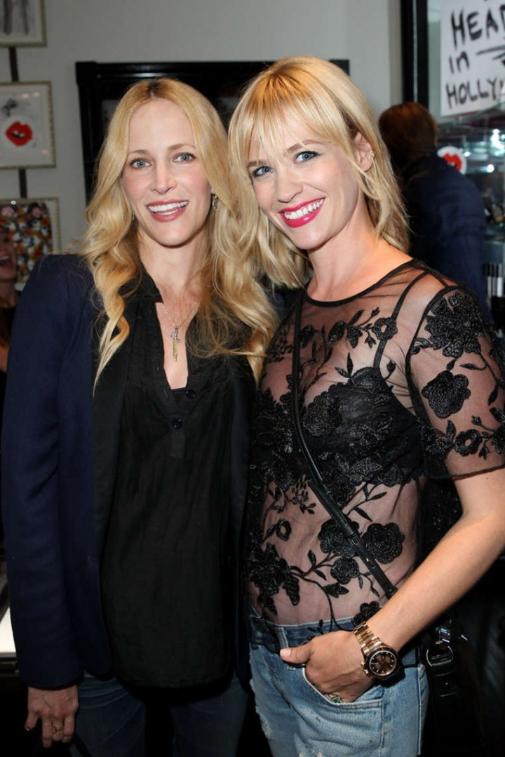 January Jones - Cassandra Huysentruyt Grey Hosts Artist In Los Angeles