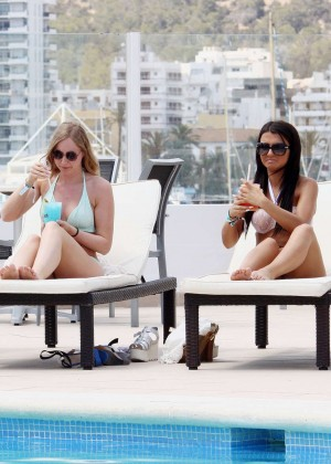 Jasmin Walia in Bikini  -11