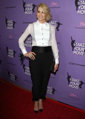 Jenna Elfman: Make your Move Premiere -02