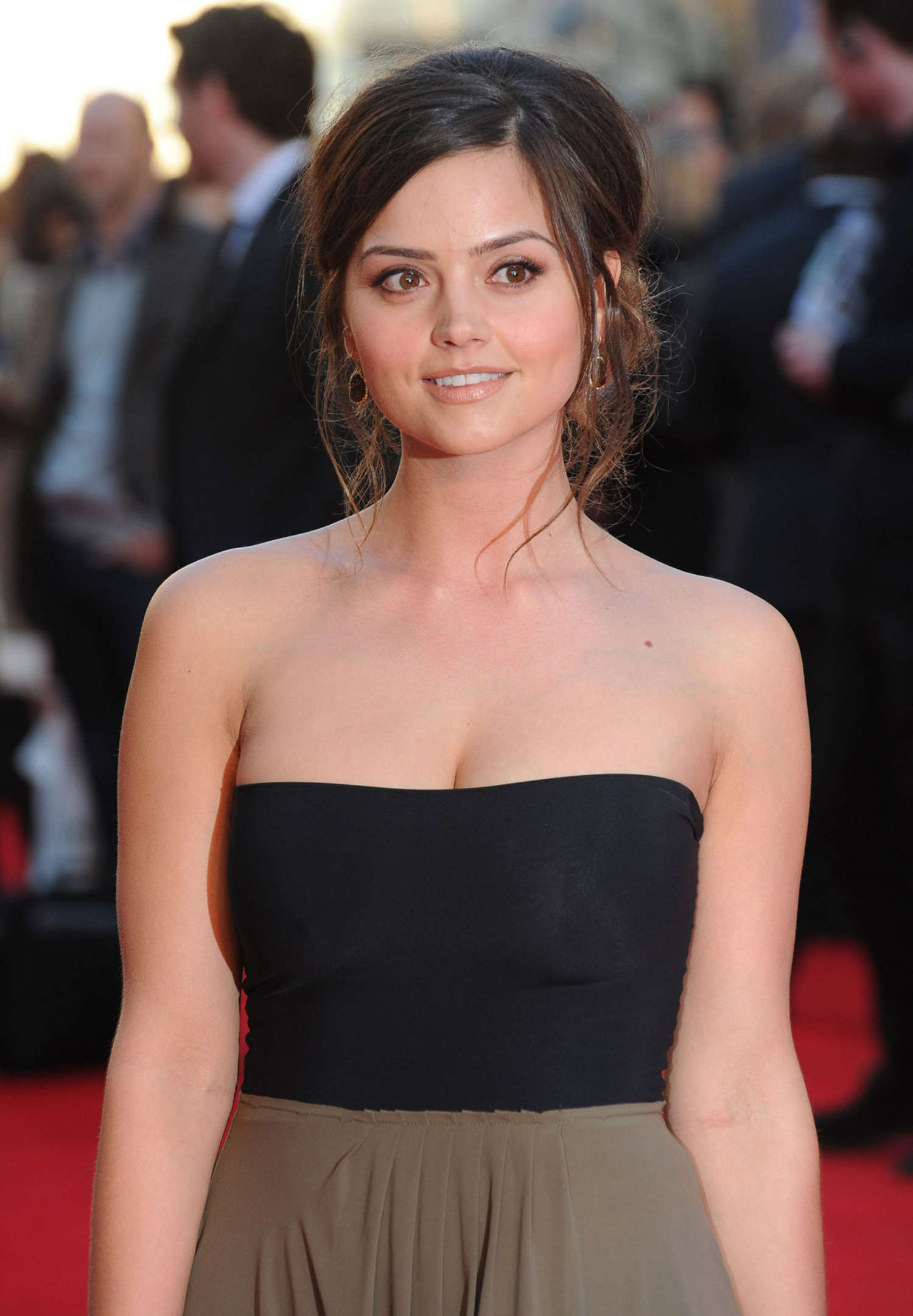 ... to post Jenna Louise Coleman at Premiere Titanic 3D World in London