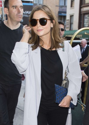 Jenna Louise Coleman - Signing Autographs in NY
