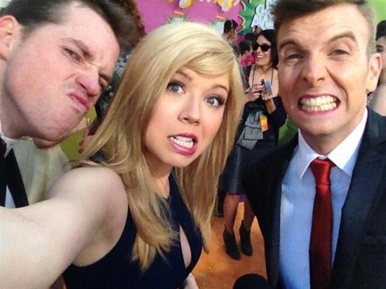 Jennette McCurdy – 2013 Kids Choice Awards -08