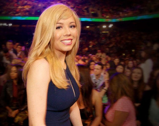 Jennette McCurdy – 2013 Kids Choice Awards -19