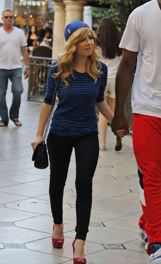 jennette mccurdy photos barnes and noble 14 gotceleb