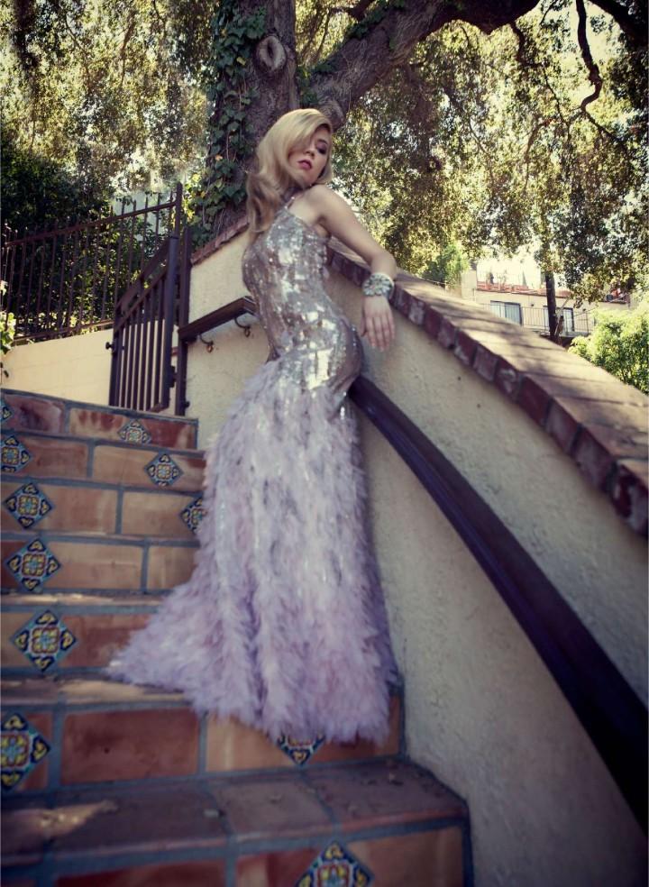 Jennette Mccurdy: Bello Magazine -01
