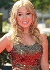 Jennette McCurdy Stunning in long golden dress at Creative Arts Emmy Awards in Los Angeles
