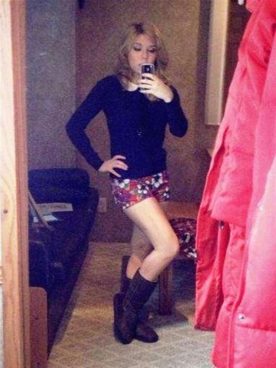 Jennette Mccurdy leggy in shorts