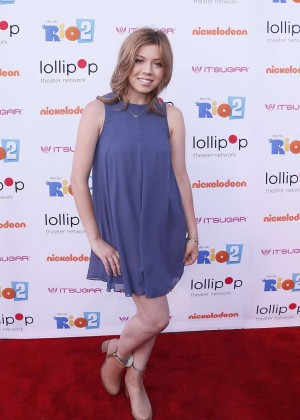 Jennette Mccurdy Night Under the Stars Rio 2 Premiere -11