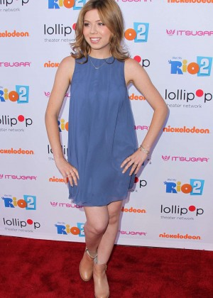 Jennette Mccurdy Night Under the Stars Rio 2 Premiere -14