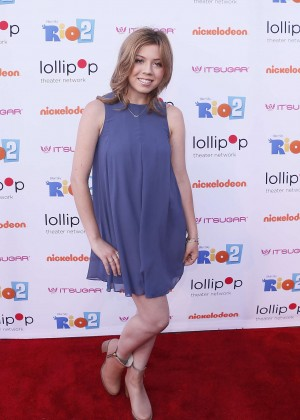 Jennette Mccurdy Night Under the Stars Rio 2 Premiere -19