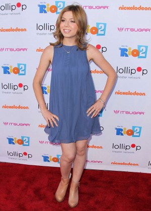 Jennette Mccurdy Night Under the Stars Rio 2 Premiere -20