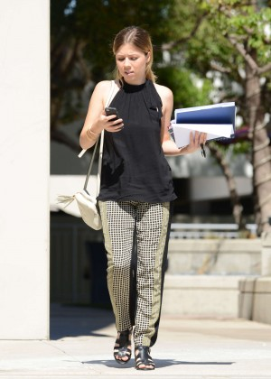 Jennette McCurdy - Out and about in LA