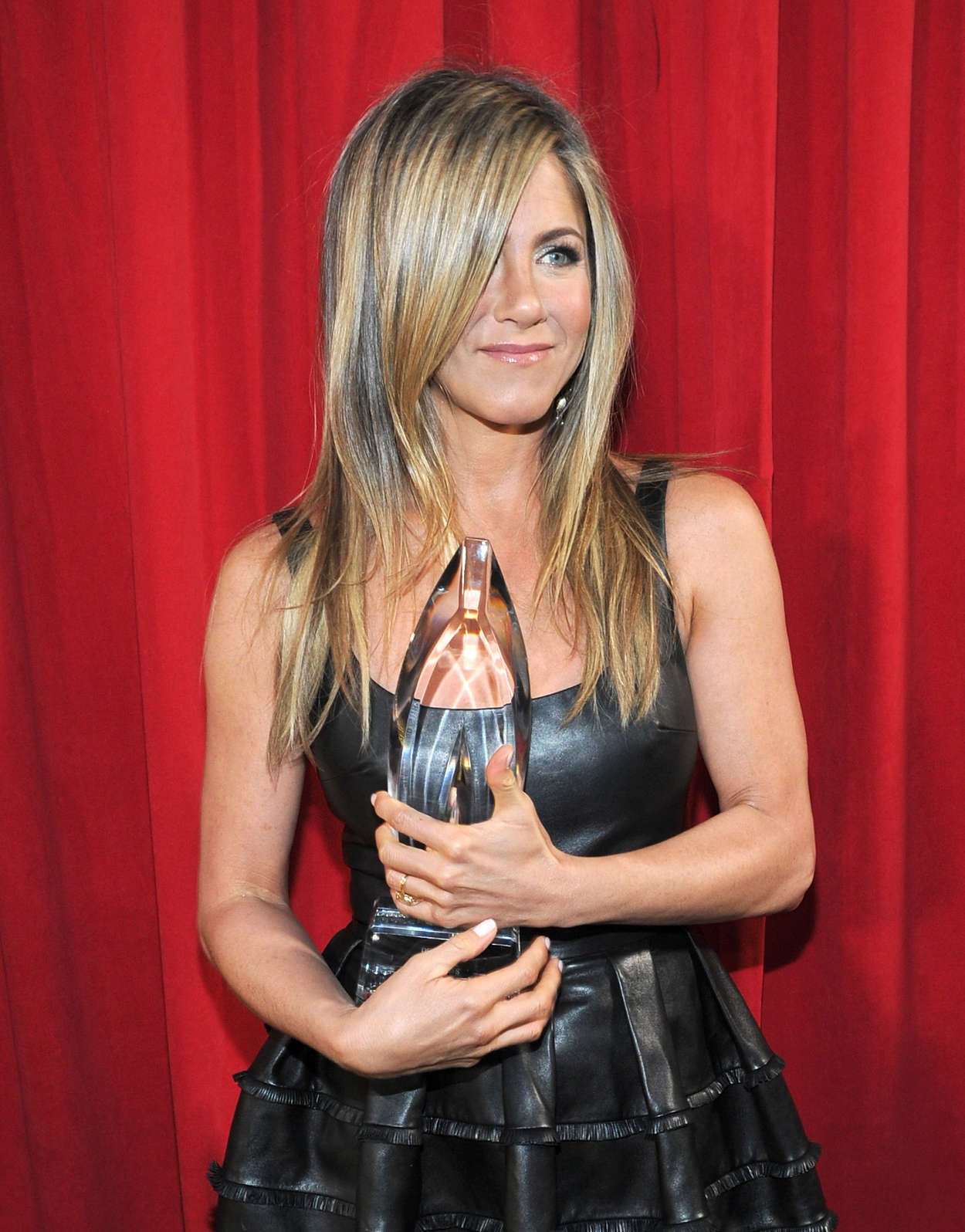 Back to post Jennifer Aniston – 2013 People's Choice Awards in LA