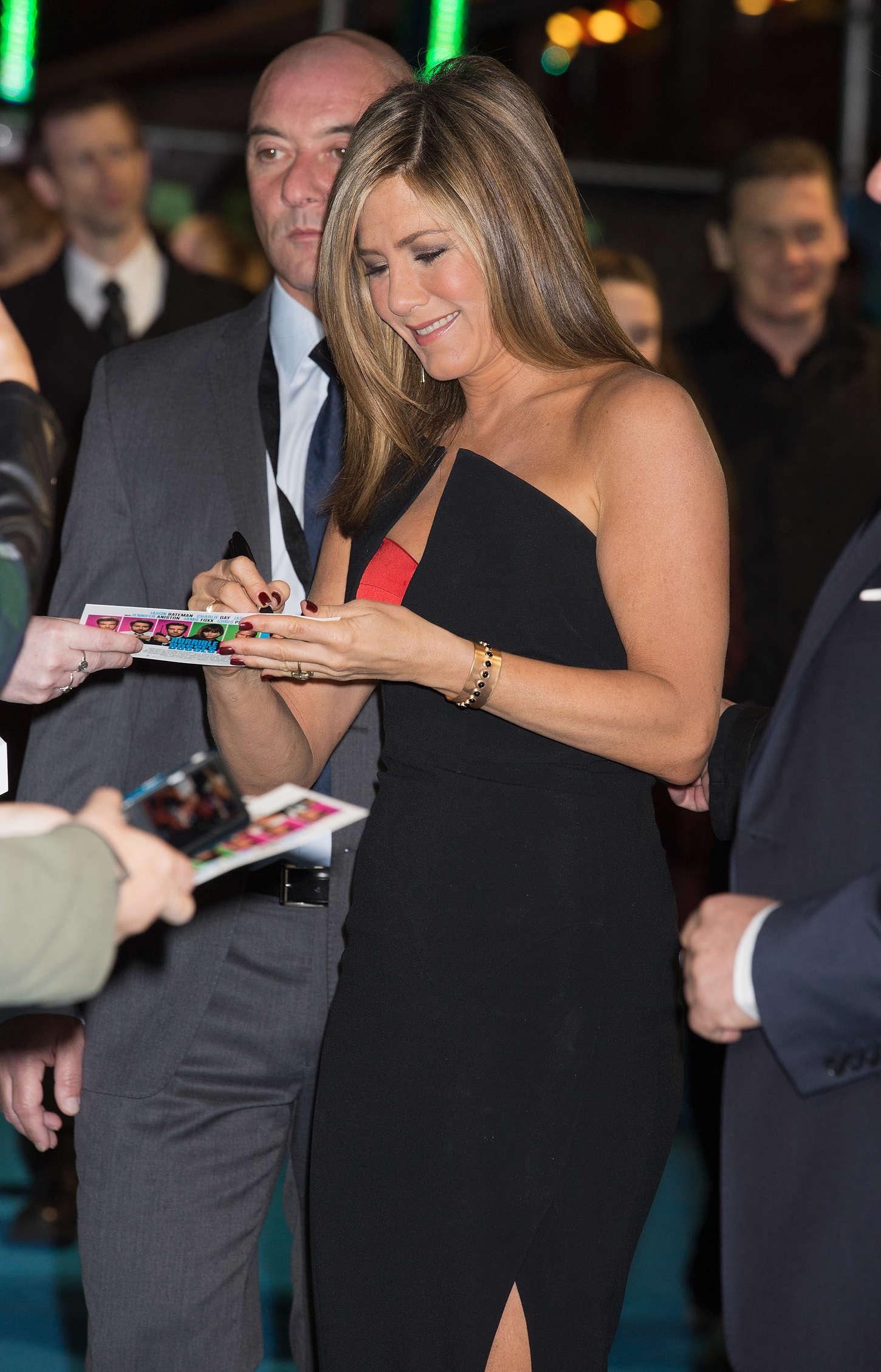 photo 33. Jennifer Aniston