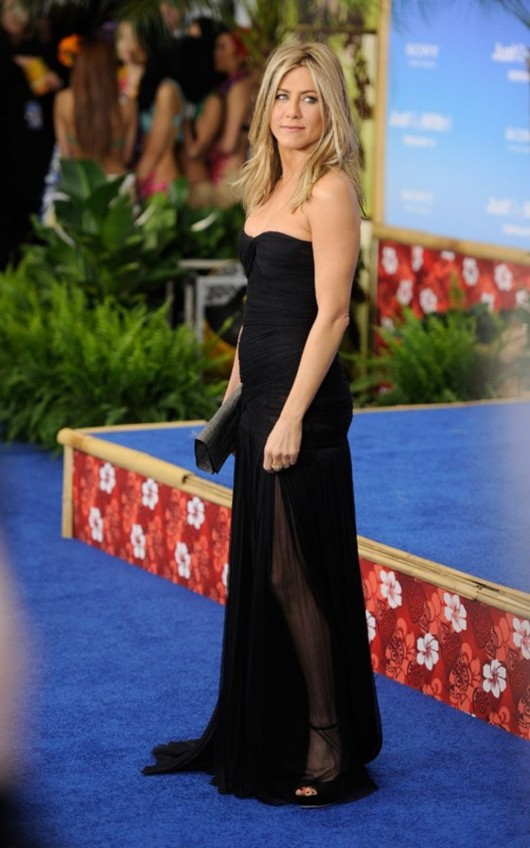 """Jennifer Aniston at the NYC premiere of """"Just Go With It"""""""