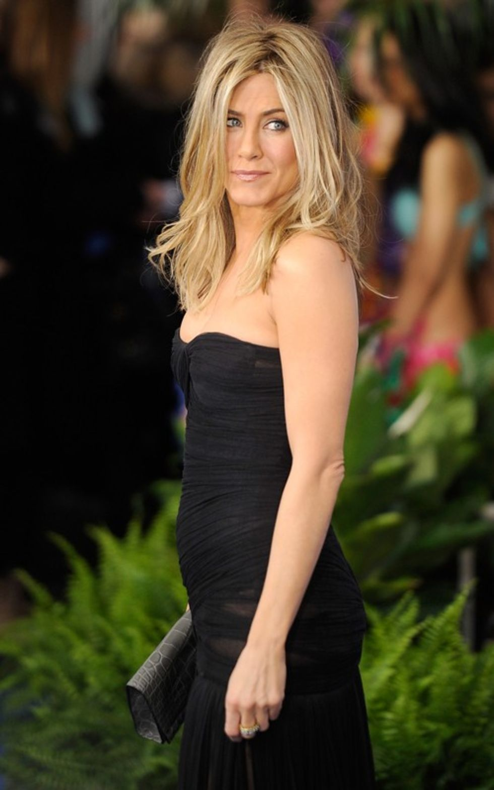 jennifer aniston black and
