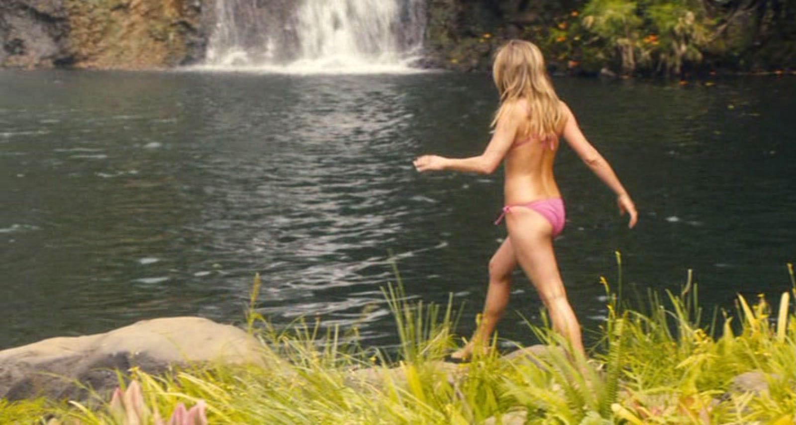 Jennifer Aniston In Bikini 54