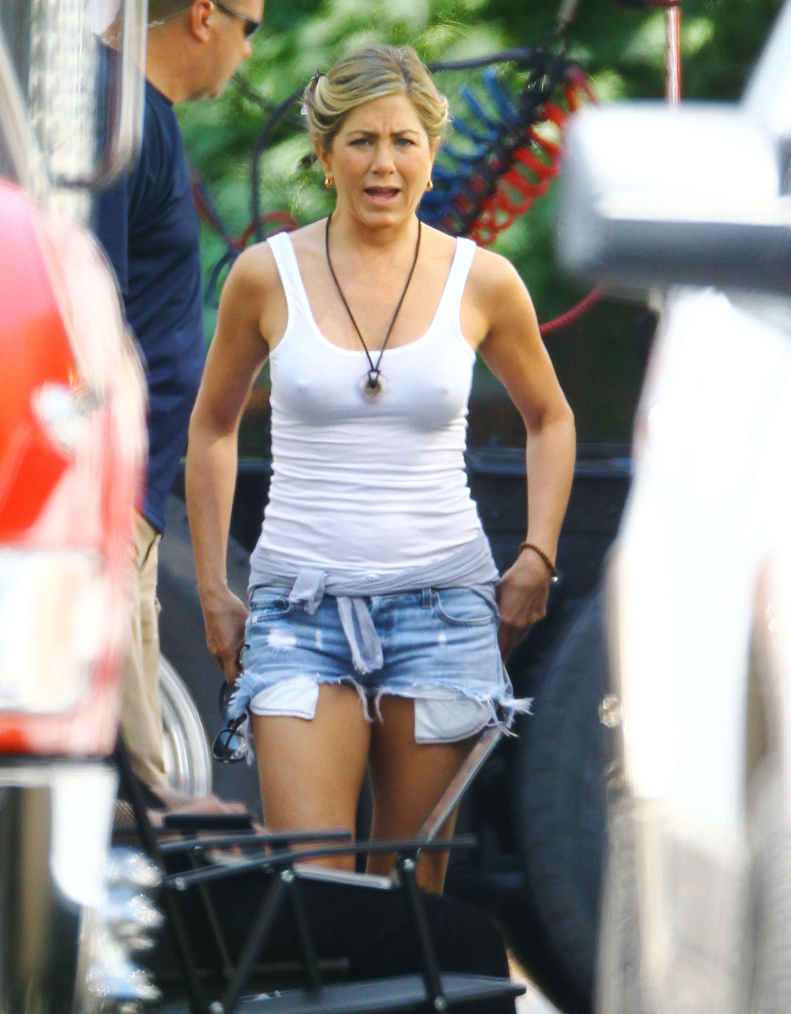 Jennifer Aniston In Denim Shorts On The Set Of Were The