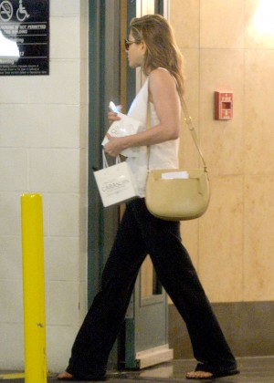 Jennifer Aniston - Leaving the Carasoin Day Spa & Skin Clinic in LA