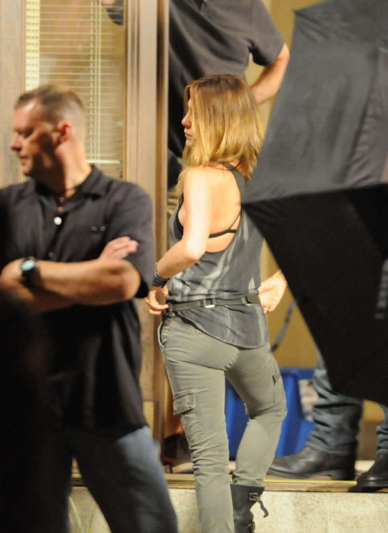 "Jennifer Aniston - On Set of ""We're the Millers"" - Wilmington"