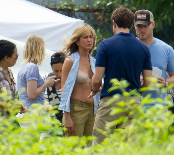 Jennifer Aniston - In a bra on the set of We're the Millers in Wilmington