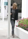 Jennifer Aniston - Tight Jeans-01