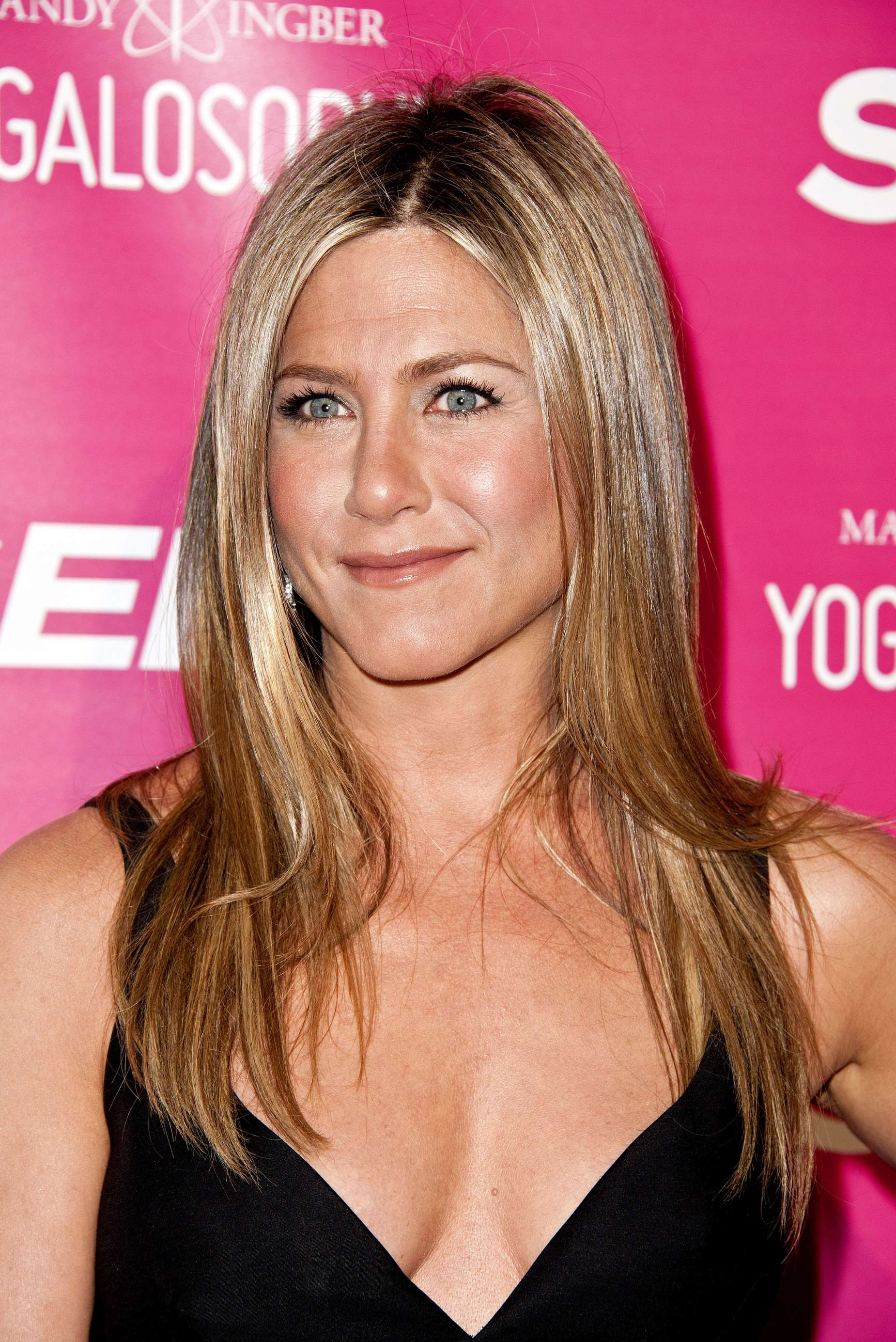 Jennifer Aniston   Yogalosophy book launch in Los Angeles