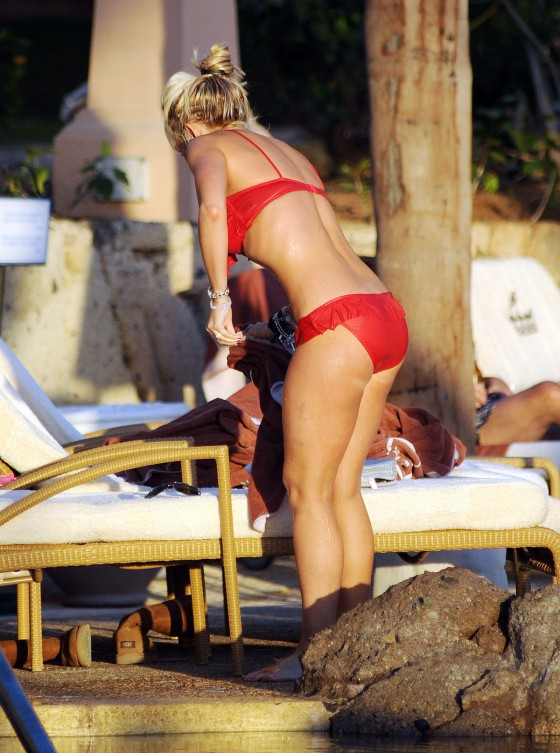 Jennifer Ellison wear red bikini at a pool