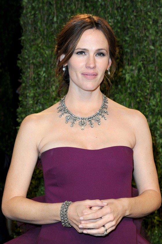Jennifer Garner – Oscar 2013 – Vanity Fair Party -01