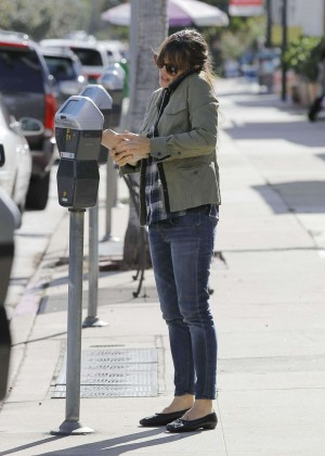 Jennifer Garner Street Style - Out in Santa Monica