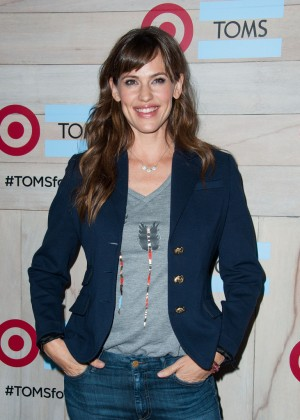 Jennifer Garner - TOMS for Target Launch Event in Culver City