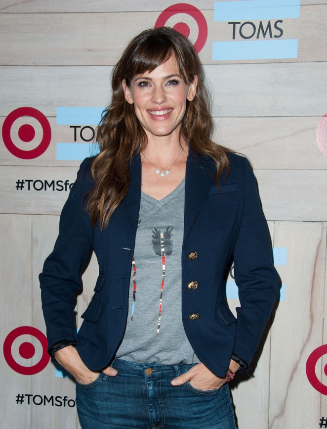 Jennifer Garner - TOMS for Target Launch Event in Culver City